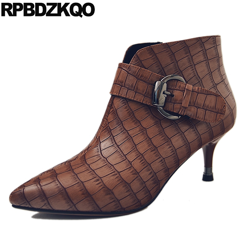 Women Ankle Boots Medium Heel 2017 Pointed Toe Brown Shoes Fur Booties Short Winter Sexy British High Size 34 Stiletto New famiao women boots sexy high heel zapatos mujer tacon 2017 gary black buckle ankle boots for women shoes pointed toe winter