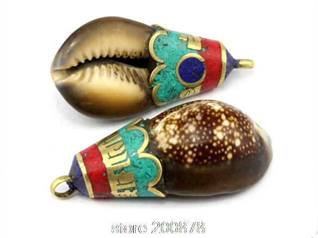 Tbp716 tibetan metal capped natural conch shell pendantswholesale tbp716 tibetan metal capped natural conch shell pendantswholesale nepal tibet handmade amulets jewelry aloadofball Image collections