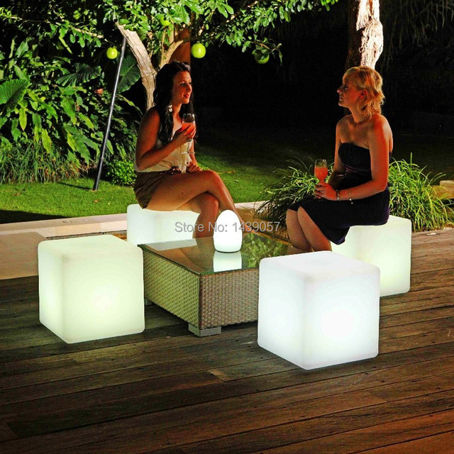 30*30*30cm Plastic LED Cube Bar Stool Color Changing Luminous Chair For Home Wedding Ceremony Party