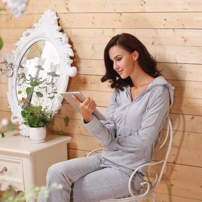 Autumn Winter Hooded Velvet Tracksuit Women Winter Casual Home Wear
