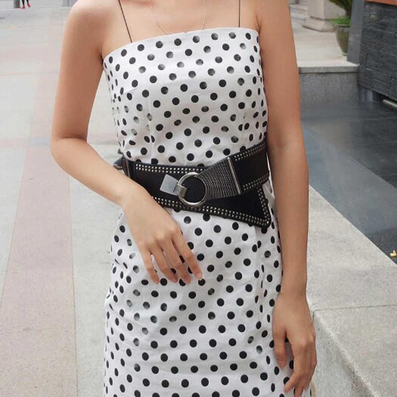 Новая мода Металл ретро заклепки широкий Ремни для Для женщин эластичный широкий панк Стиль Для женщин кожа Ремни металлические круглые пряжки аксессуары