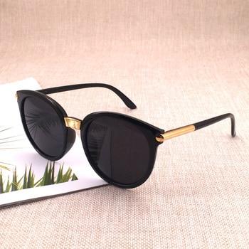 משקפי שמש בעיצוב קלאסי לגברים ונשים  1