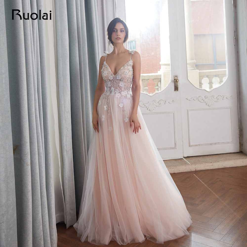 Luxury Evening Dresses 2018 V-Neck Crystal Beaded Top Prom Dress 2019 Blush Tulle Evening Gown Long Vestido de Fiesta Largo RE23