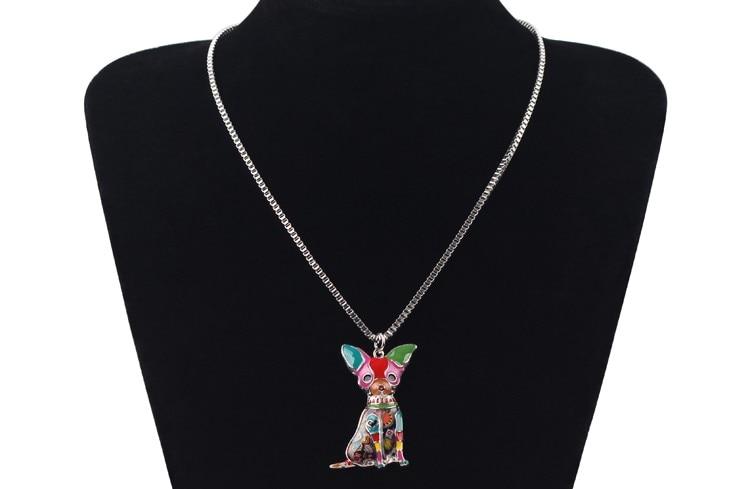 Collier Métal émail chien Chihuahuas pendentif femme