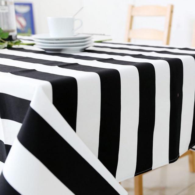 Precio barato blanco y negro rayas tela mantel comedor en Manteles ...