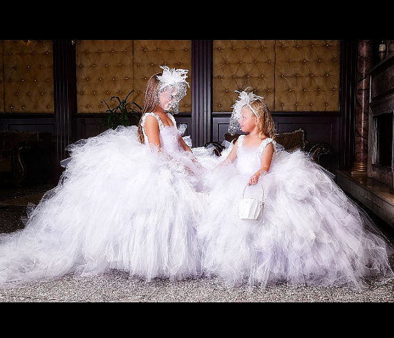 New White Ball Gown Girls Dresses for Wedding Puffy Girls Communion Pageant Gown Custom Made Any SizeNew White Ball Gown Girls Dresses for Wedding Puffy Girls Communion Pageant Gown Custom Made Any Size
