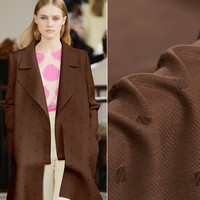Niestandardowe karmel żakardowe tkaniny wełniane wysokiej jakości żakardowe tkaniny skośnym tkaniny z wełny z wełny jesień i zimę klasyczne mody modele