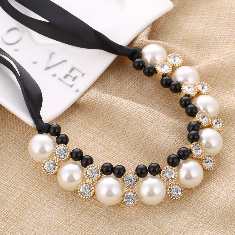 Punk Multi Layered Pearl Choker Necklace Collar Statement Blace Rope Chain Crystal Pendant Necklace Women Jewelry Gift