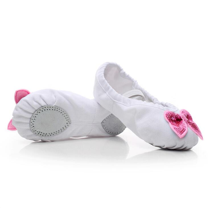 2018 Beautiful Bow Shining Decoration Canvas Girl Dance Shoes Comfortable Ballet Shoes for Girls Dropshipping 2 Colors