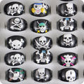 100x ONE PIECE Mix Black The pirates Skull Skeleton Resin Lucite Acrylic Party Rings Children Boy's Girls Kid Fashion Jewelry