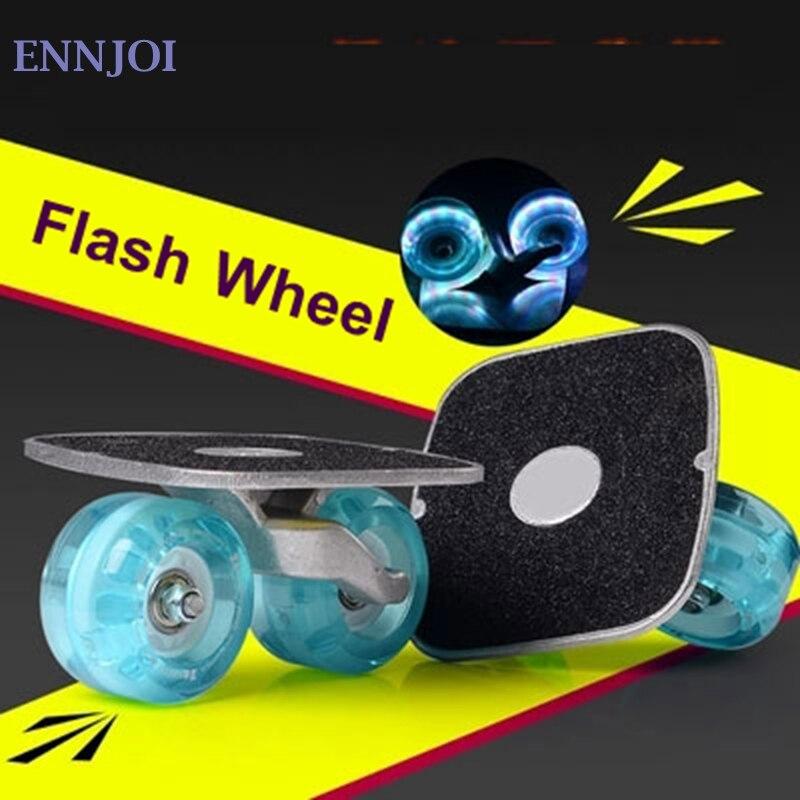 Planche à roulettes Portable planche à roulettes rouleau clignotant pour plaque de dérive anti-dérapant Sport en aluminium pédale Flash roue en polyuréthane