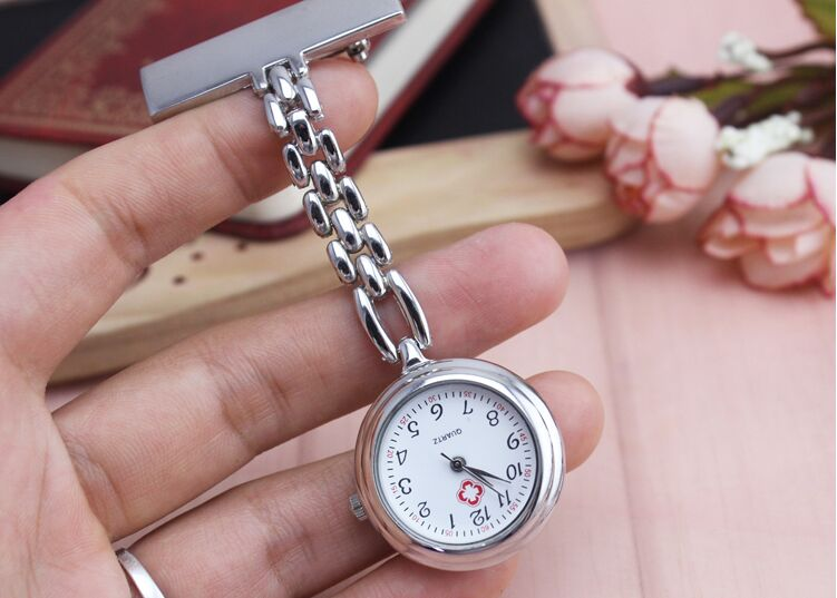 Clip Nurse Doctor Moonlight Pendant Pocket Quartz Red Cross Brooch Nurses Watch Fob Hanging Medical Watches