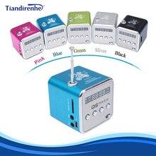 محمول صغير FM سماعات راديو صغيرة تعمل لاسلكيًا USB MP3 مشغل موسيقى صندوق الصوت دعم مايكرو SD TF AUX مع شاشة LCD عرض للكمبيوتر المحمول هدية