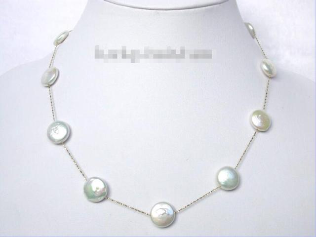 FREE SHIPPING>@@> Hot sale new Style >>>>>stellate white coin fastener freshwater pearls necklace