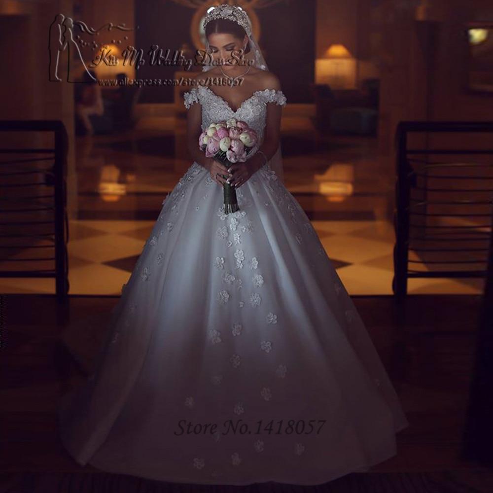 Gothic Arab Wedding Dresses Vintage Lace Bride Dress