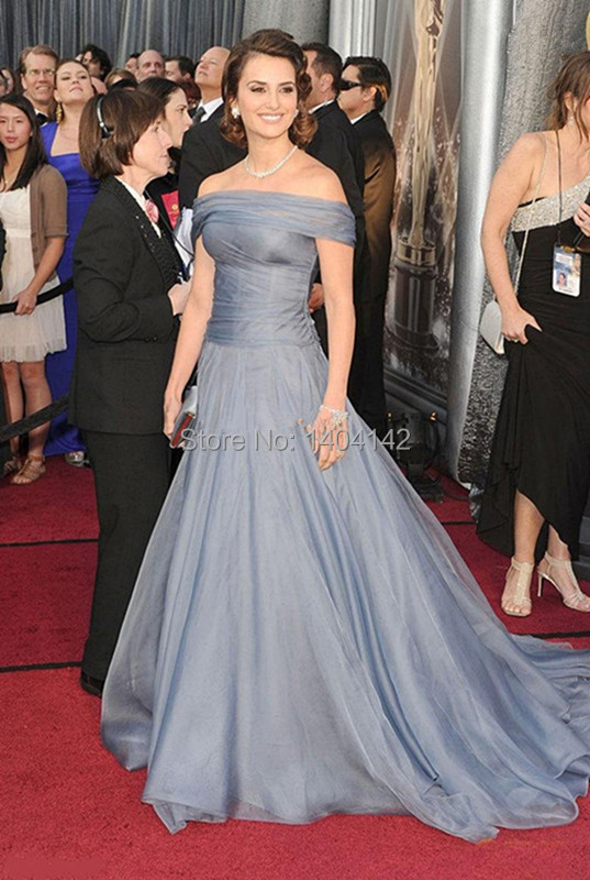 2017 New Arrival Grey Long Tulle Hollywood Celebrity
