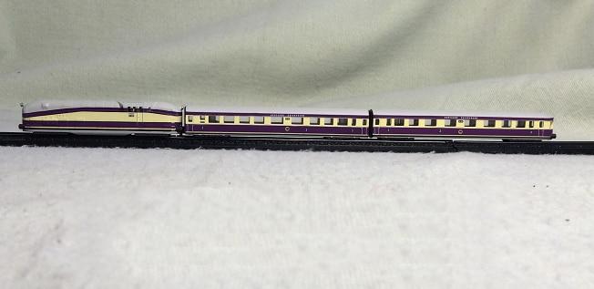 Rare  Special Offer  1:220 HW ZU Z Proportional Train Suit Super  Exquisite Static Train Model