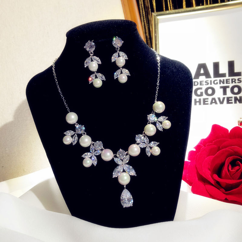 Ensembles de bijoux fins pour femmes luxe Vintage perles d'eau douce zircon cubique boucles d'oreilles collier pendentif de mariée mariage Bijox
