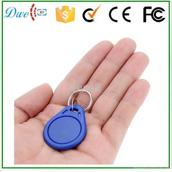 DWE CC RF 125kHz TK4100 RFID Keyfob Chain Key Tag for Door Access Control dwe cc rf 2017 hot sell 13 56mhz 12v wg 26 rfid outdoor tag reader for security access control system