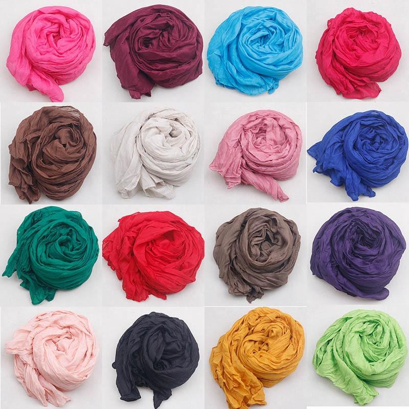 Фотография Мягкий монотонный шарфик, женский