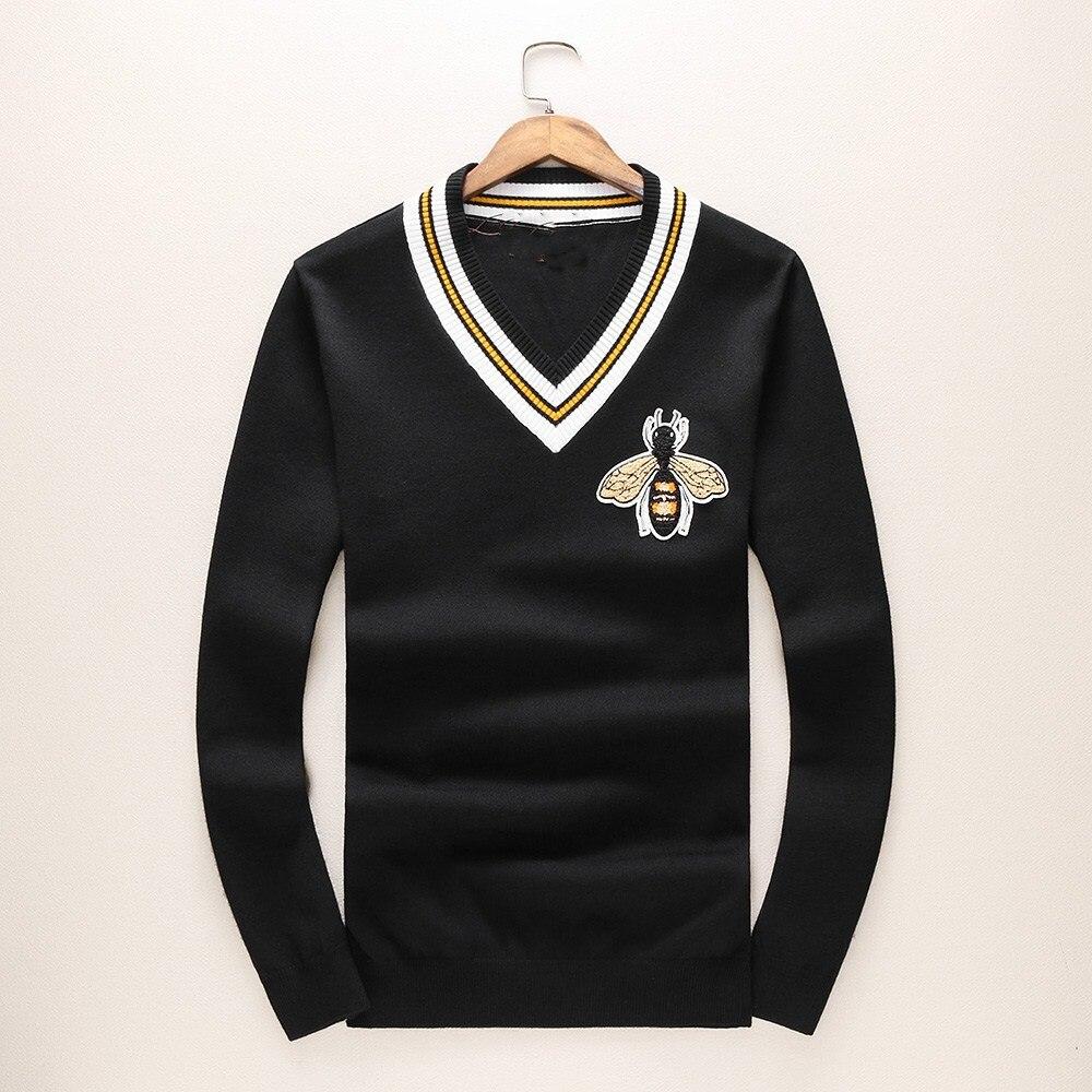 Nouveau 2017 homme luxe hiver gentleman broderie abeilles tricot décontracté chandails pull asiatique Plug taille haute qualité Drake # E109