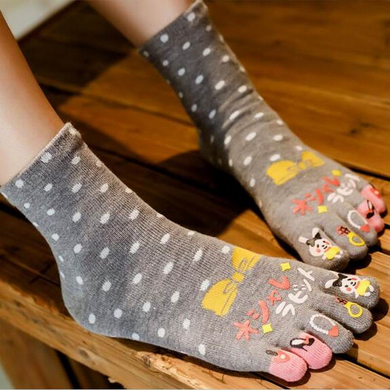 2018 Fashion Brand Women Socks Colorful rabbit Cute Socks Cotton Breathable Casual Five  ...