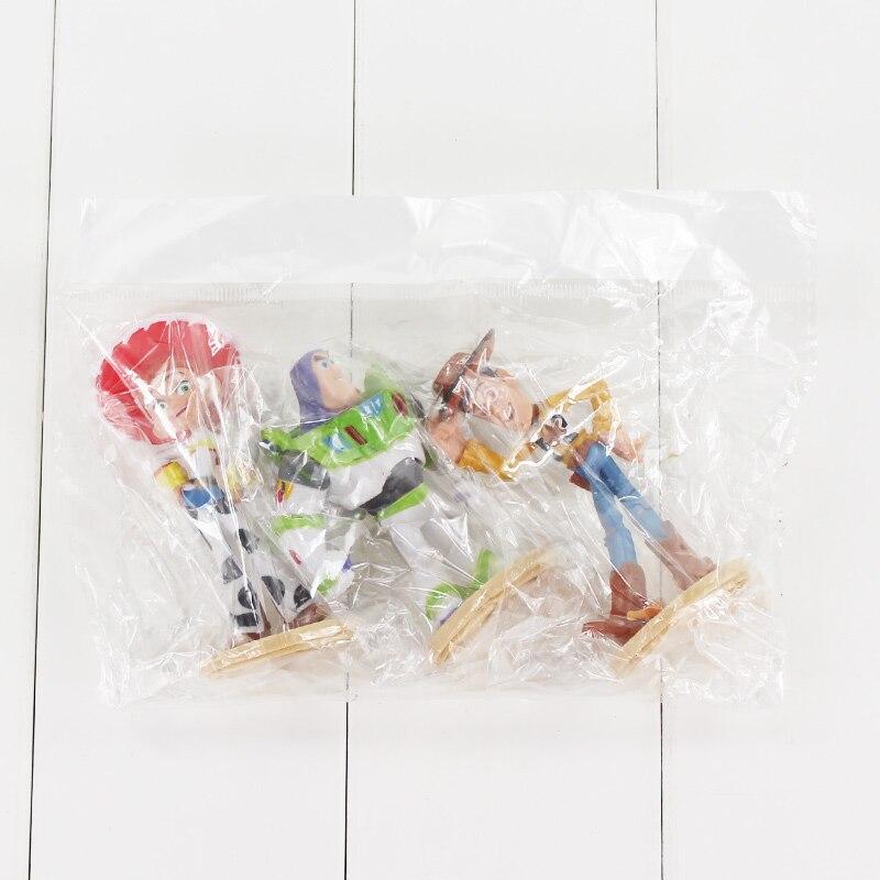 3 unids lote Toy Story 3 Buzz Lightyear Woody Jessie figura de juguete Mini  modelo muñecas regalo para niños en Acción y Figuras de Juguete de Juguetes  y ... 7ff20ee1ae3