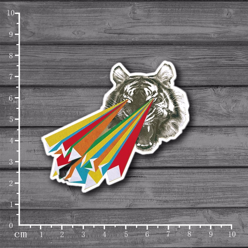 Laser Tiger Eye Shooting On Notebook Laptop Car Styling Skateboard Luggage Home Decor Decals Kids Toy Doodle Sticker[Single]