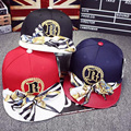 The new hat couple cap  front with a dome baseball cap trend of men and women fashion street level hip-hop cap three colors  bow
