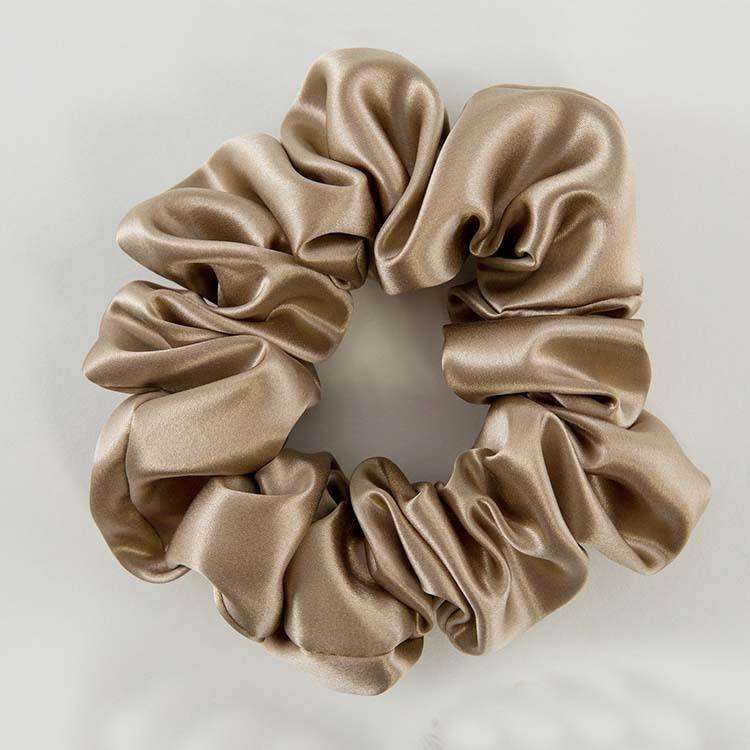 Бесплатная доставка, модные женские милые Однотонные резинки для волос из чистого шелка, милые резинки для волос, простые аксессуары для пр...