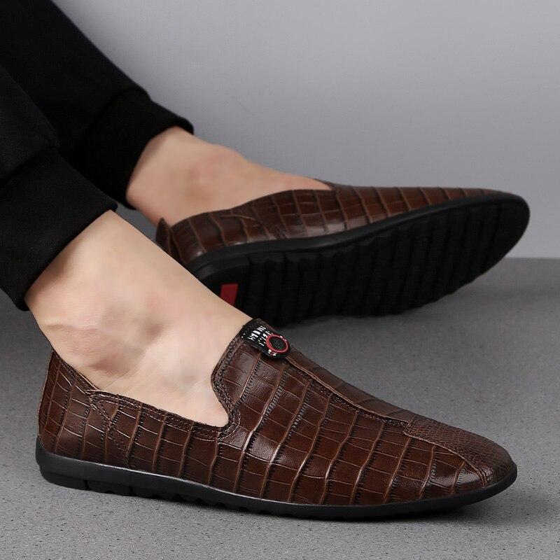 2019 luxe affaires complet en cuir véritable hommes chaussures décontractées classique Crocodile hommes mocassins grande taille appartements à la main doux hommes chaussures
