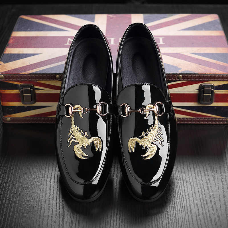 bc5f8c353ff Best-selling New embroidery shoes men Luxury brand 2018 Spring Autumn  paragraph PU leather large