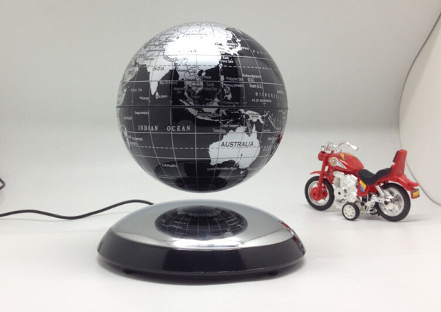 Magnetic Levitation Globe Creative Business Office Desk Ornaments New  Magical Rotation Floating Ball Fashion Plastic Crafts
