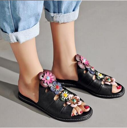 ФОТО New Hot village Flat Slides Mixed Colors Flowers Decorated Women Shoes Concise Gladiator Sandals Stress Snap Style Slippers