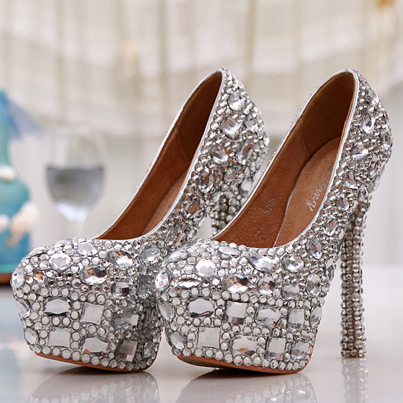 ce024b4d168 Beautiful silver small crystals mix with big diamonds Bridal Shoes .