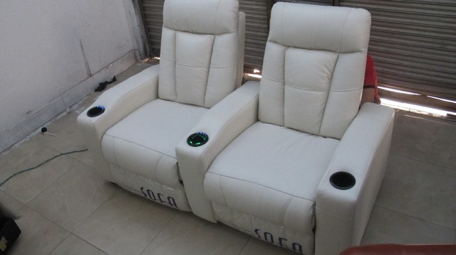 Leather Home Theater Chair Electric Recliner Sofa With Refrigeration