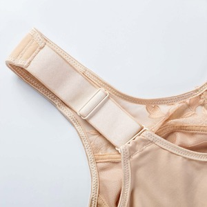 Image 5 - Womens Soft Cups Embroibered Wireless Full Coverage Minimizer Bra Size 34 44 B C D DD E