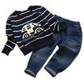 Розничная 2016 весна детская одежда детская одежда устанавливает мальчик автомобиль вышитые с длинным рукавом 2 шт. детская одежда мальчика одежда для новорожденных набор