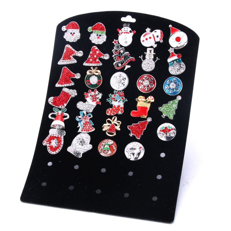 New High Quality 40 Hole 15*21CM Black Snap Display PVC Snap Card Display For 18/20mm Snaps Buttons Jewelry 0262