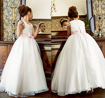 New High Quality Flower Girl Dress for Wedding A-Line Puffy Tulle Satin Top Kids First Communion Gown with Sash Any Size