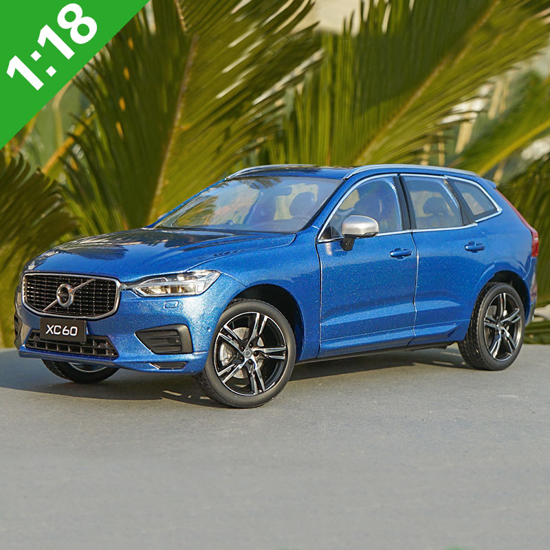 1/18 All New Volvo XC60 T5 AWD Sports Section SUV Diecast