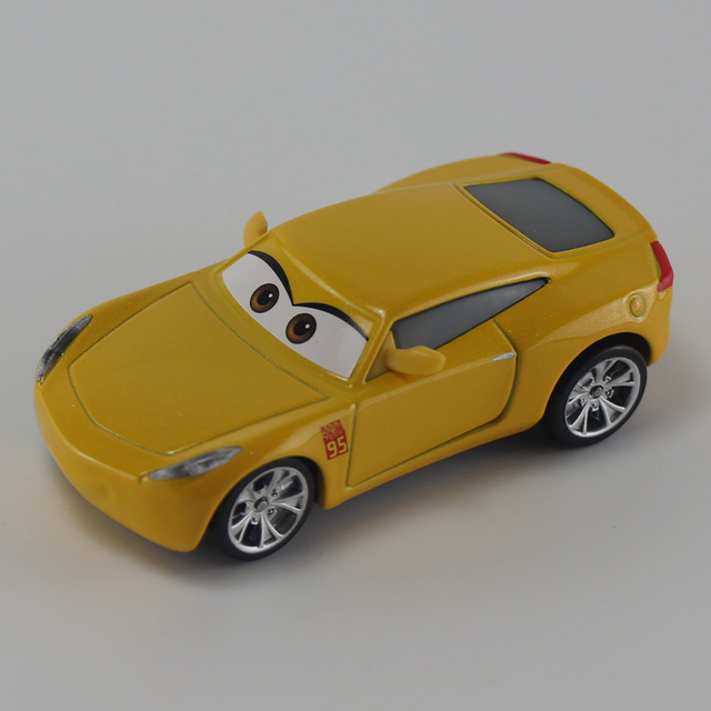 Disney Pixar Cars 3 Cruz Ramirez Diecast Metal Toys Car For Children