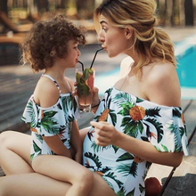 Mommy and me swimsuit Off Shoulder Pineapple Leaf Print mae e filha Swimsuits mom and daughter Family Look