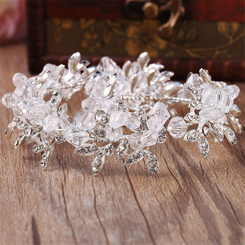 Handmade Clear Crystal and Beads Wedding Tiara Bride headbands Women Prom  Headdress Wedding Bridal Hair Jewelry Accessories-in Hair Jewelry from  Jewelry ... 03e91ad202b2