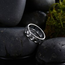 GOMAYA Wedding Bands Ring Hollow Antique Silver Plated Copper Rings for Unisex Male Gift
