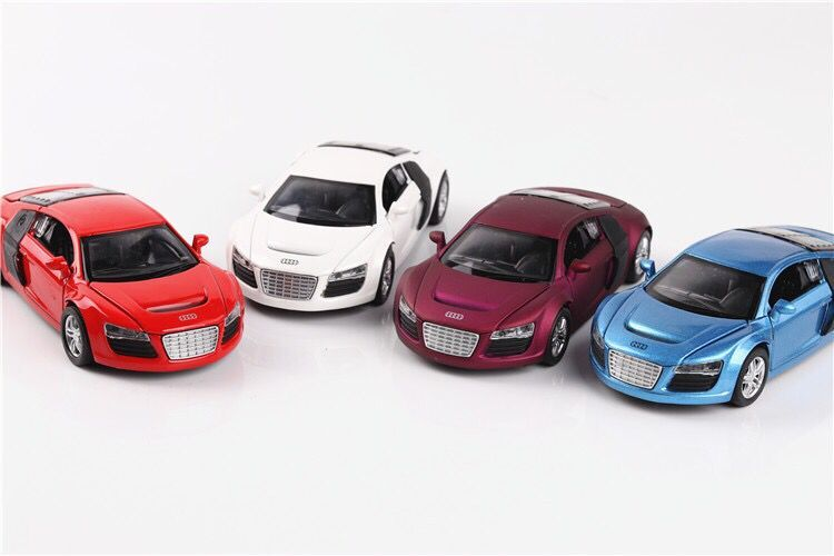 1:32 model simulation Baby toy pull back Alloy Sports Car Sound Light Pull Back Toy Car For baby toys cars for Audi R8 gift image