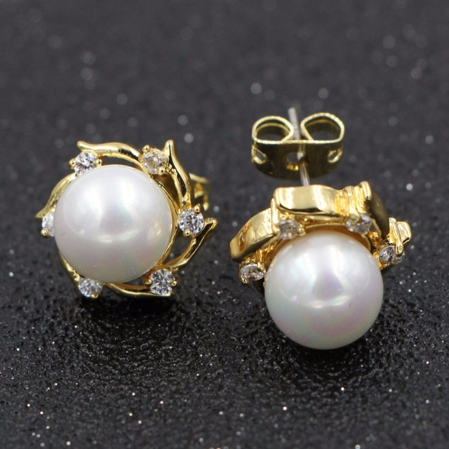 Heezen Single Size Pearl Earrings Stud For Women Golden Color Cz Stones Beautiful Jewelry