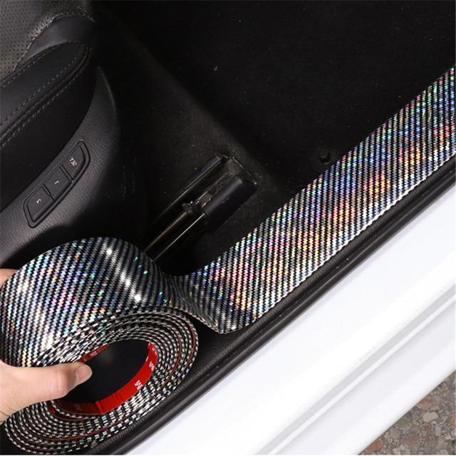 רכב מדבקות לייזר 5D פחמן סיבי גומי סטיילינג דלת אדן מגן מוצרים עבור KIA אאודי מאזדה פורד יונדאי וכו אביזרים