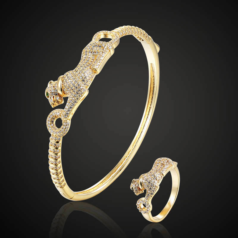 Perfect Women Gold color Leopard Bangle and bracelet With box bags selling Best New Year Couple Jewelry Copper Bridal Bracelet
