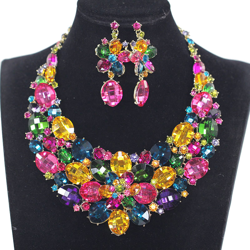 Fashion Chunky Crystal Wedding Jewelry Sets For Bride Multicolor Flowers Necklace Earring Jewellery for Women Gift WC043Fashion Chunky Crystal Wedding Jewelry Sets For Bride Multicolor Flowers Necklace Earring Jewellery for Women Gift WC043